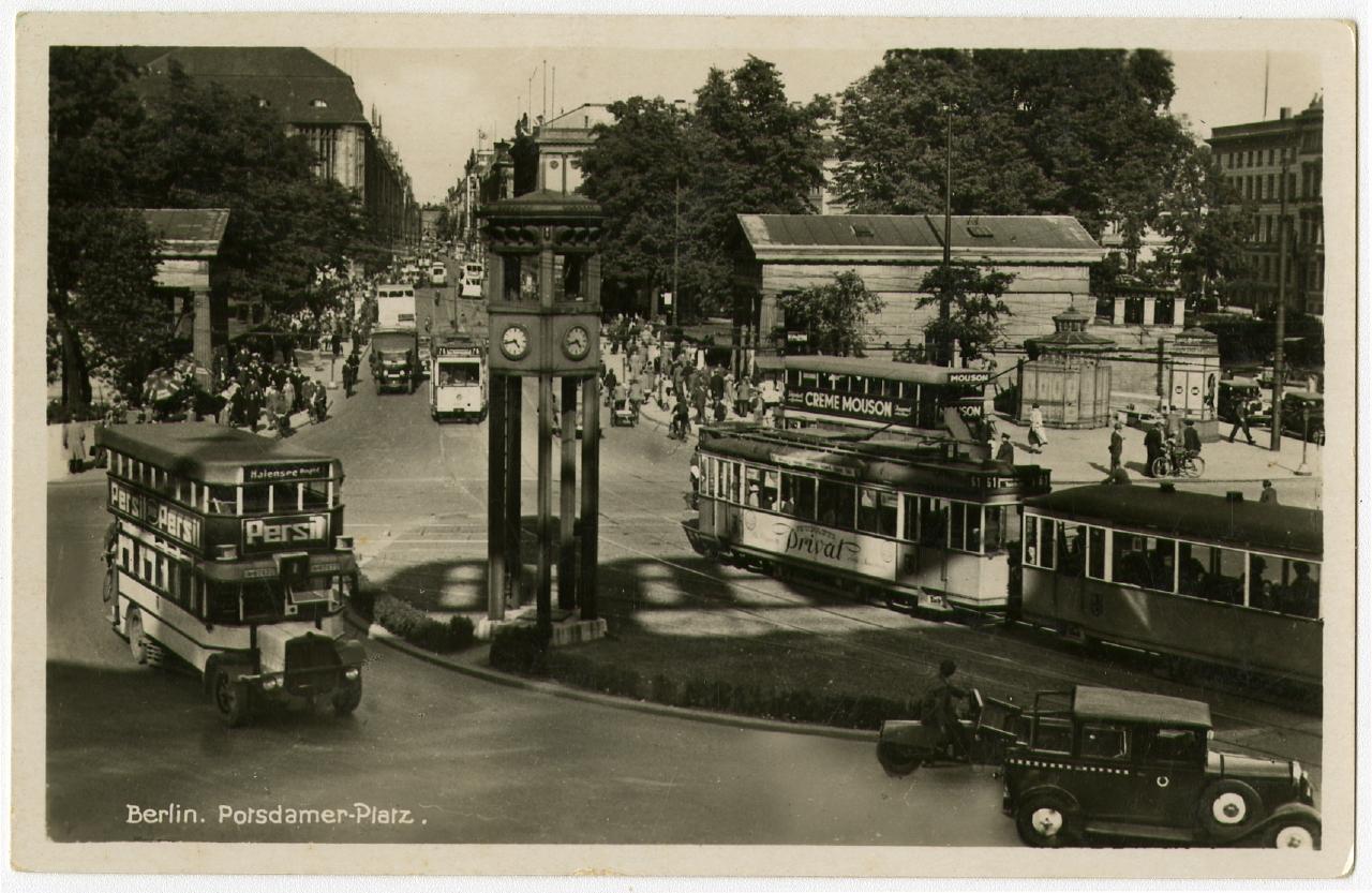 Potsdamer Platz. um 1930 Ausstellung 150 Jahre Postkarte Museum für Kommunikation Berlin